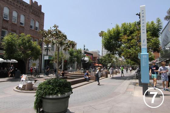サード・ストリート・プロムナード(Third Street Promenade)7