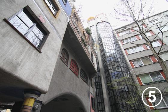 081 フンデルトヴァッサー・ハウス5