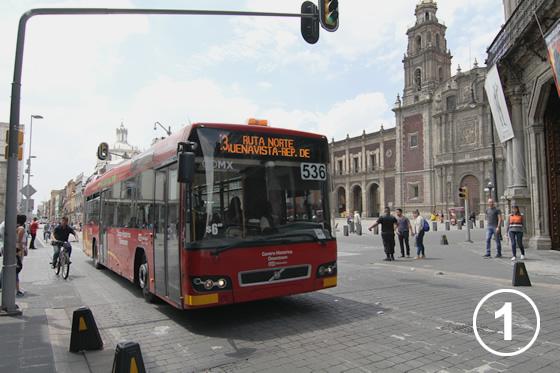 095 メキシコ・シティ・メトロバス(BRT)1