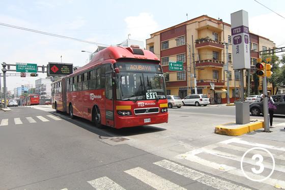 095 メキシコ・シティ・メトロバス(BRT)3