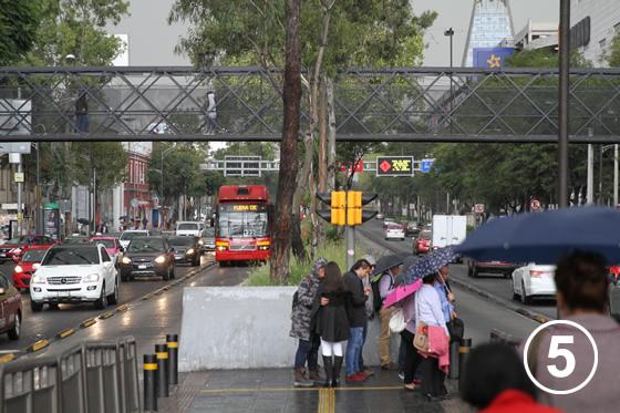 095 メキシコ・シティ・メトロバス(BRT)5
