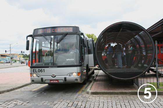 クリチバのバス・システム5