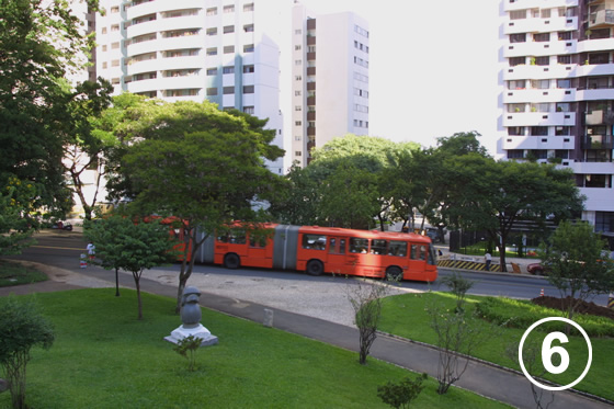 クリチバのバス・システム6
