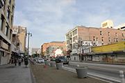ブロードウェイの歴史的街並みの再現(Bringing Back Broadway)