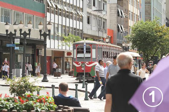 069 花通り Rua das Flores1