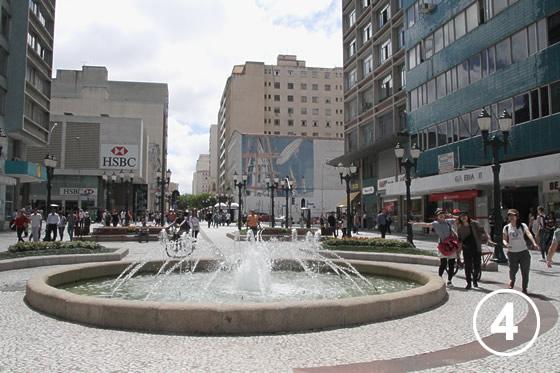 069 花通り Rua das Flores4
